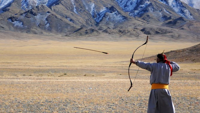 Mongolia: Land of Dunes & Moonrises