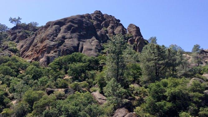 MT Sobek Volunteers Fix Trails at Pinnacles National Park