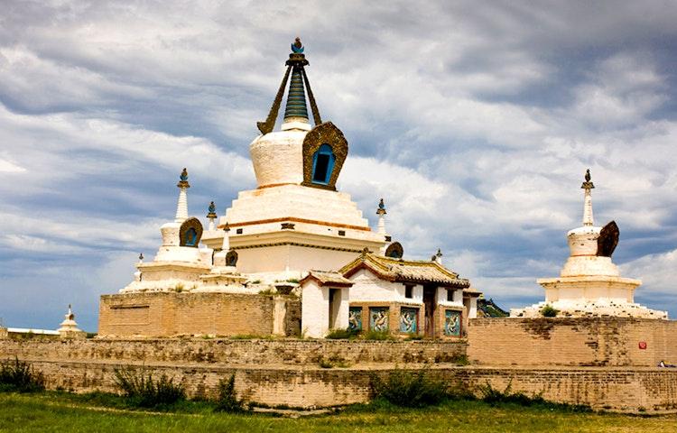 erdene zuu - Mongolia Horse Trek