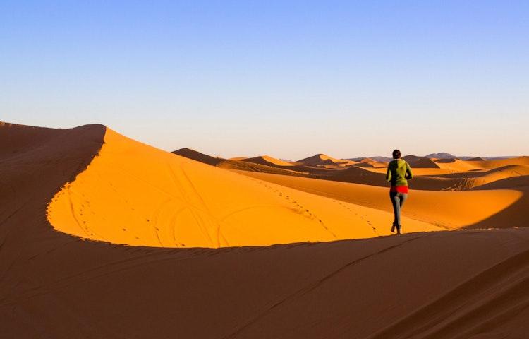 dune hiker