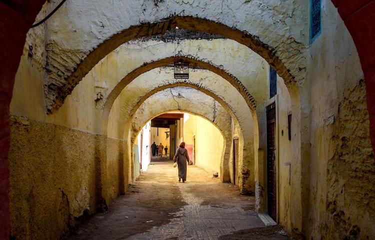 walking in alley