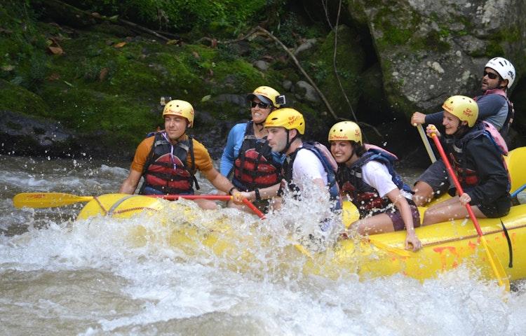 rafting - Costa Rica Private Family Adventure