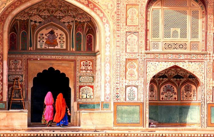 women entering palace - India Royal Rajasthan & Pushkar Camel Fair