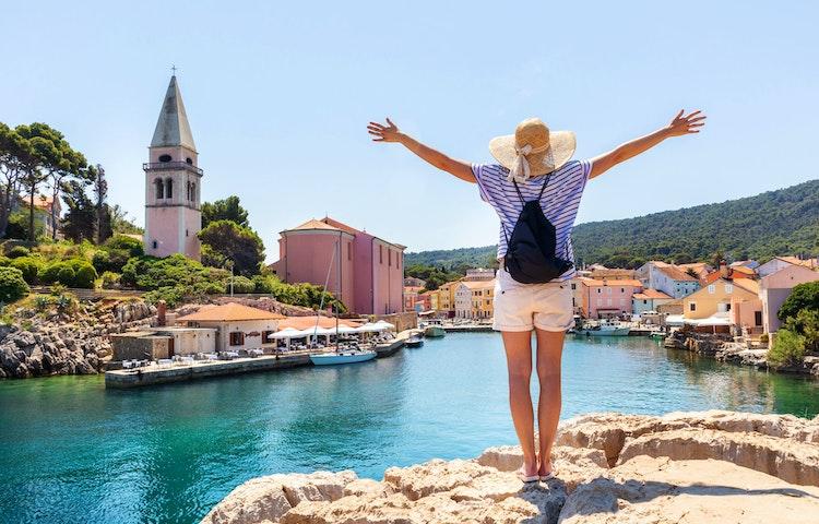 bay woman - Croatia Istria and the Dalmatian Coast Hiking
