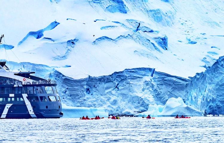 ship - Antarctica Crossing the Antarctic Circle Adventure Cruising