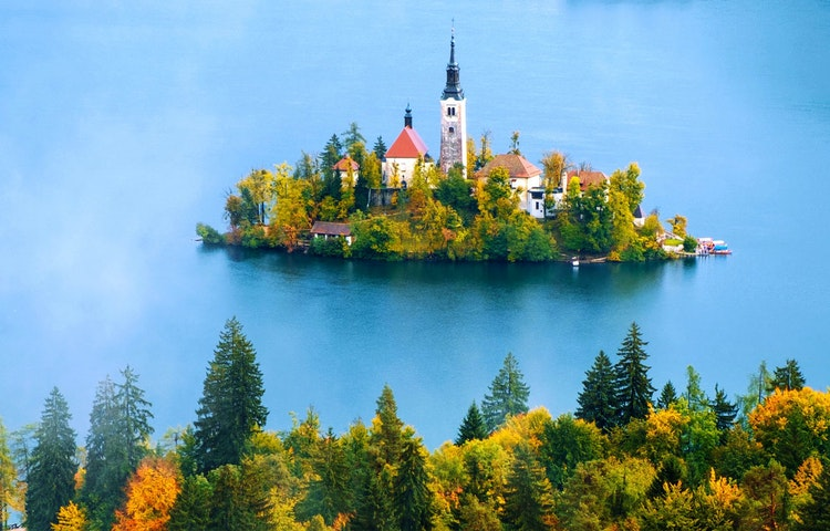 bled - Slovenia Alps Hiking with Laurent Langoisseur