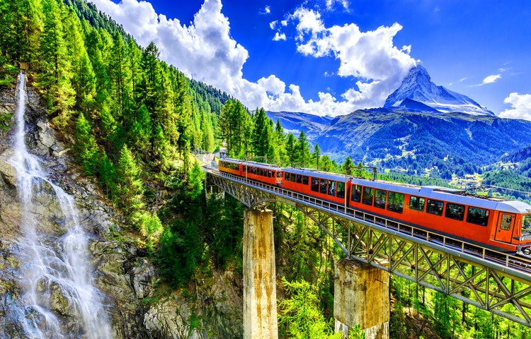 train - Alps Chamonix & Zermatt Hiking