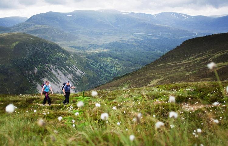 munro hike - Scotland Western Isles Hiking Tour