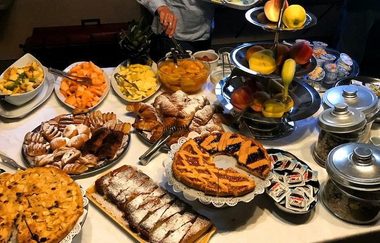 buffet - Italy Tuscany and Umbria Walking