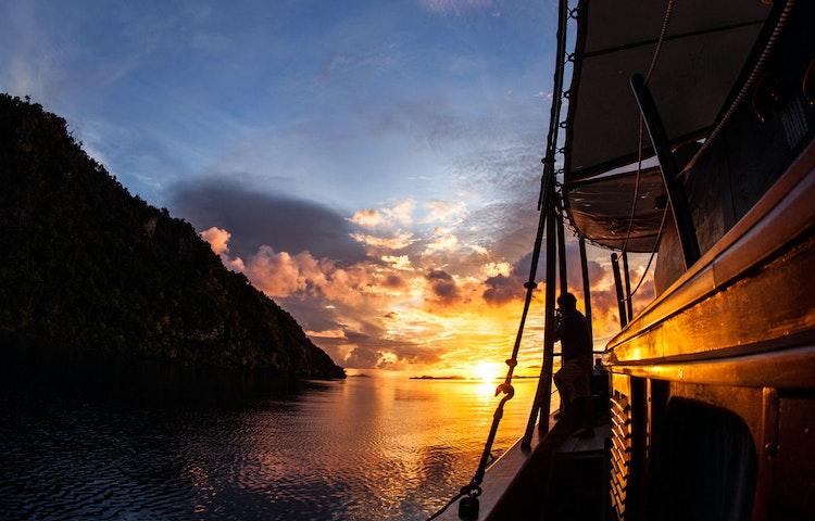 sunset - Indonesia Raja Ampat Multi-Adventure