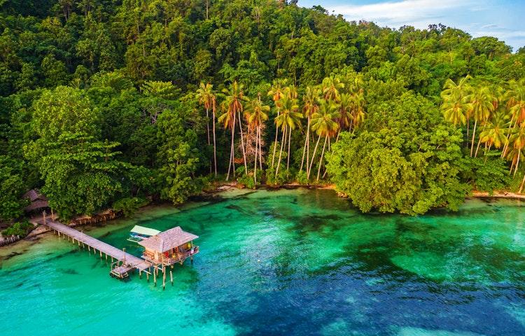 cove - Indonesia Raja Ampat Multi-Adventure