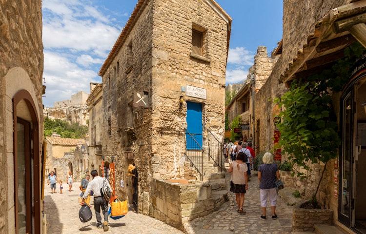 les baux - France Provence Walking Private Adventure