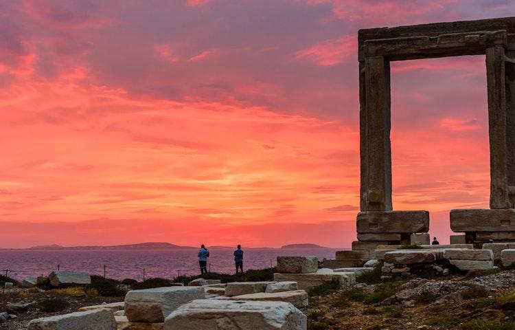 apollo - Greece Naxos & Santorini Private Adventure