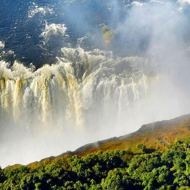 Zimbabwe Victoria Falls & Hwange Multi-Adventure Safari