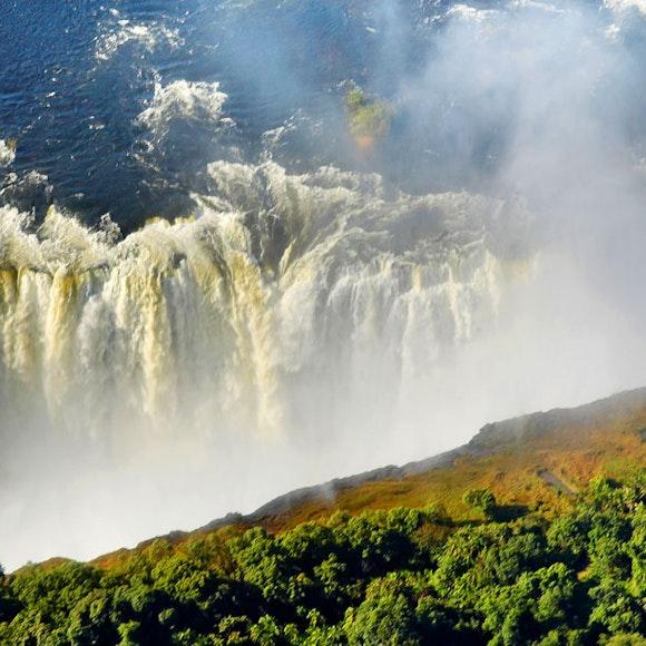 Zimbabwe Victoria Falls & Hwange Multi-Adventure Safari   MT Sobek