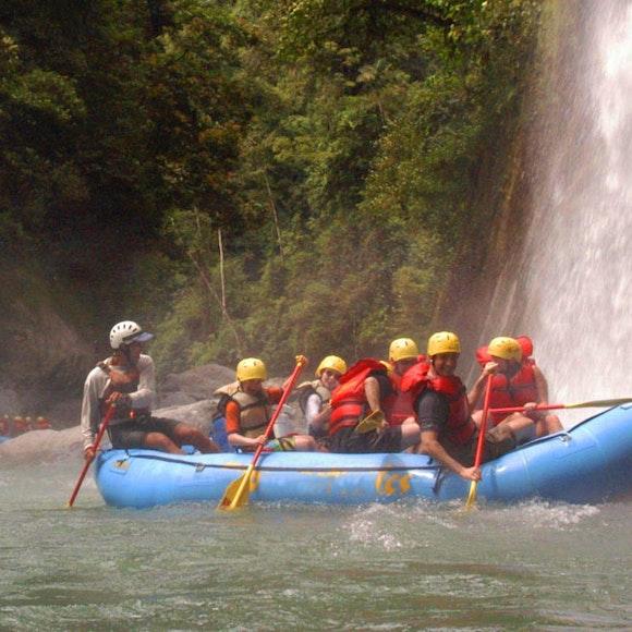 Costa Rica Rainforest to Sea Multi-Adventure   MT Sobek