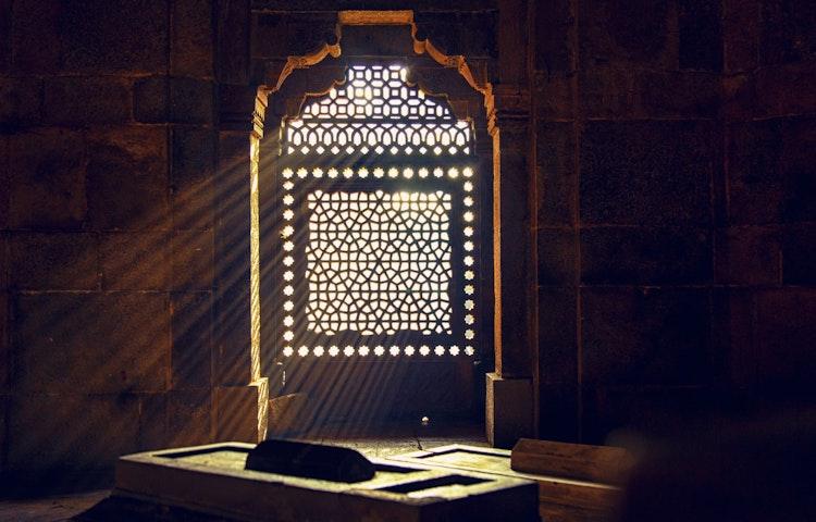 window sunbeams - India Secrets of Kashmir Multi-Adventure