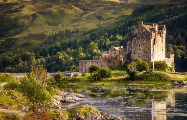 castle - Scotland Western Isles Hiking Tour