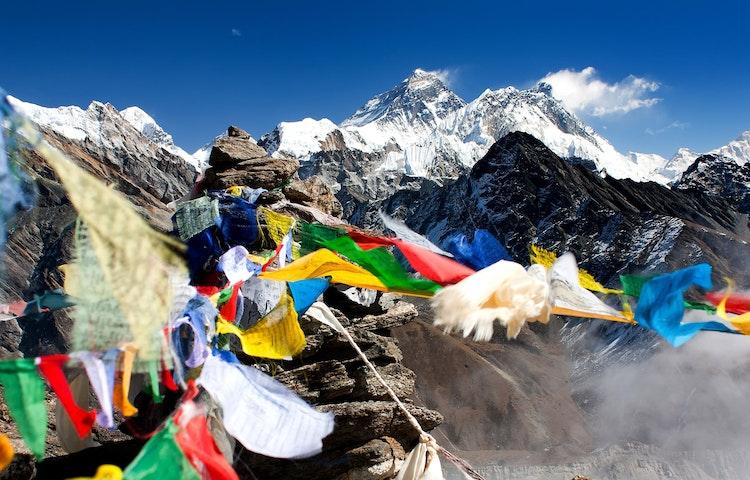 prayer flags - Nepal Ancient Passes Trek
