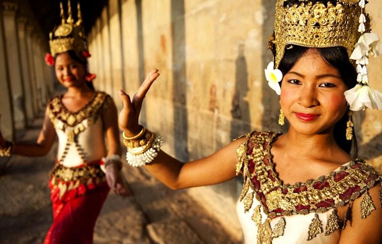 khmer dancers - Laos, Cambodia & Vietnam Indochine Cultural Discovery