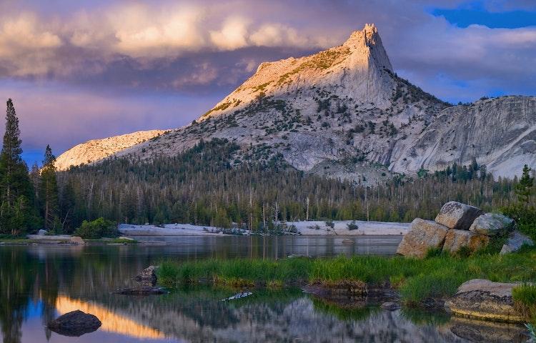 cathedral lake sunrise