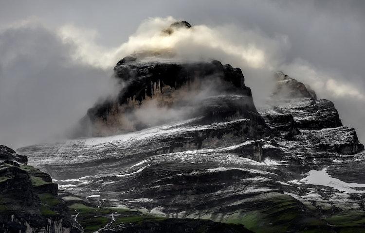 cloudy peak - Switzerland Bernese Oberland Trek
