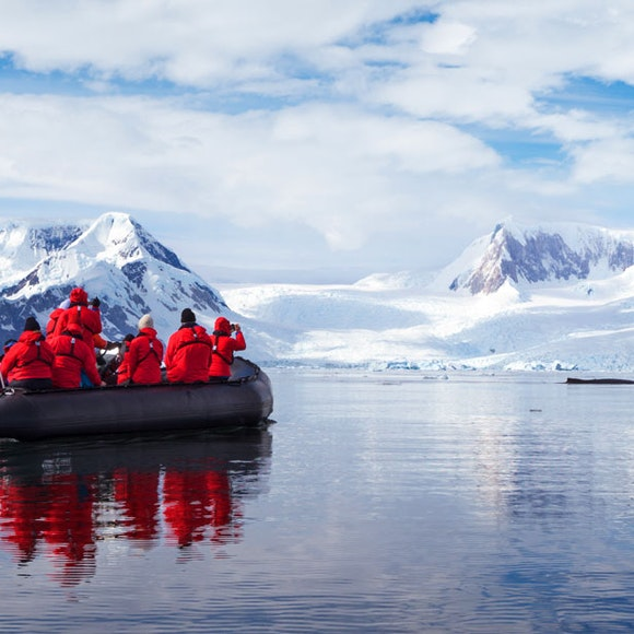 Antarctica Fly & Adventure Cruise | MT Sobek