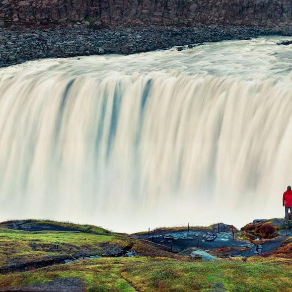Iceland Natural Wonders Hiking | MT Sobek
