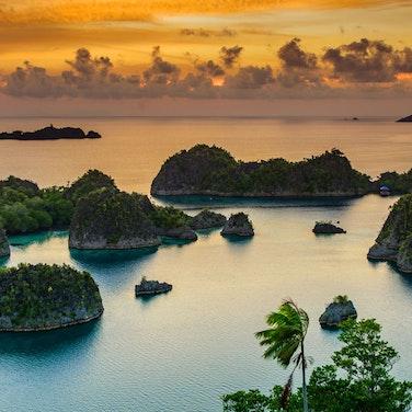 Indonesia Raja Ampat Multi-Adventure